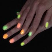 Glow Nail Varnish
